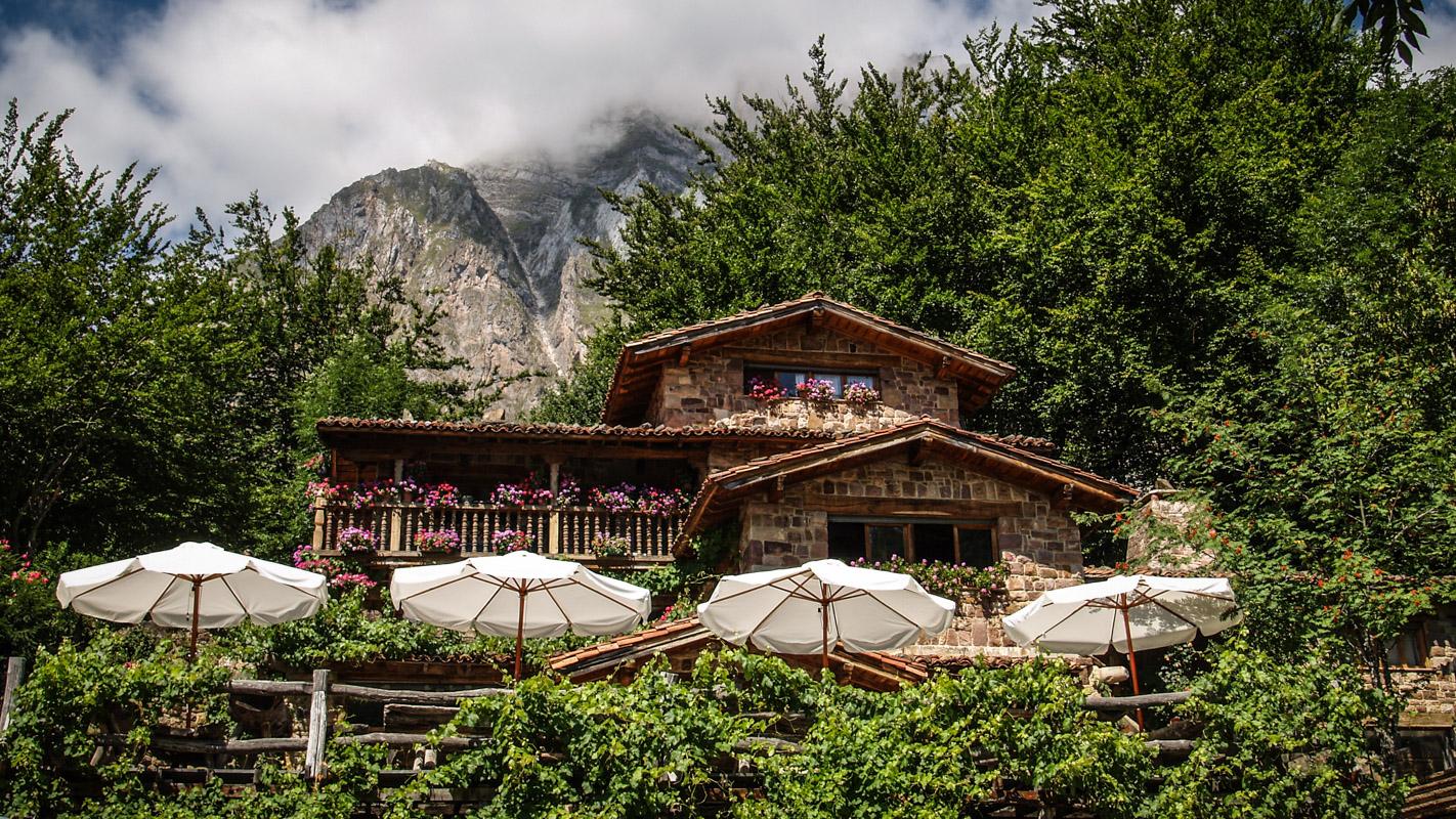 Camping El Redondo Fuente De Picos De Europa